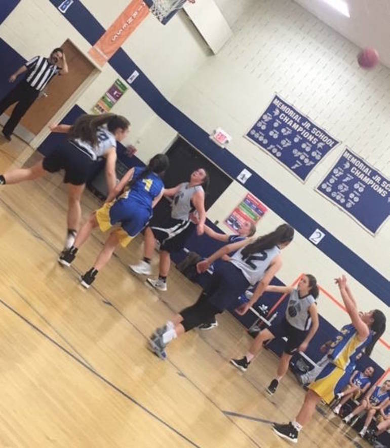 EHMS Girls BBALL MCT2.jpeg