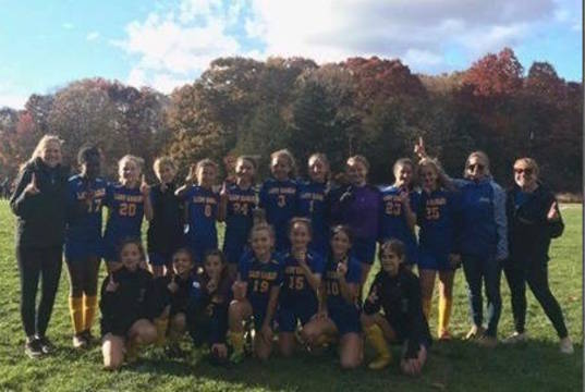 Top story a79c4cdc157481b1c4e8 ehms girls soccer champs nb