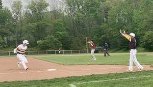 WHRHS Baseball and Softball Fall to Hunterdon Central