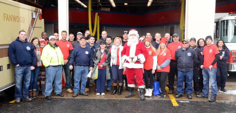 Fanwood Santa Fire Truck promo photo.jpg