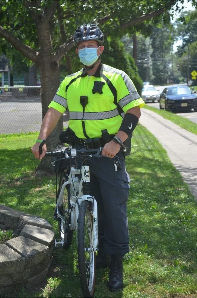 Fanwood Bicycle Officer Kevin Stomber.png