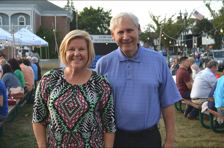 Fanwood Mayor Colleen Mahr and Scotch Plains Mayor Al Smith.png