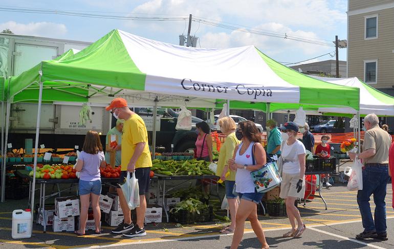 Farmers Market - Corner Copia Farm.png