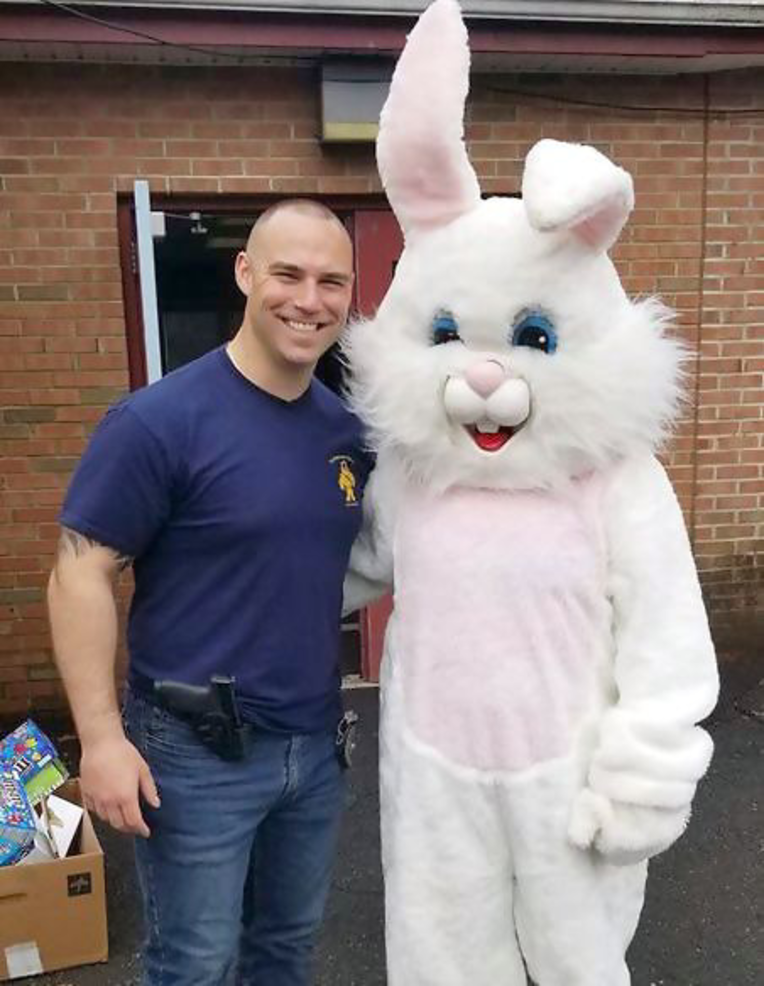 Fanwood Officer Dan Piccola with Easter Bunny