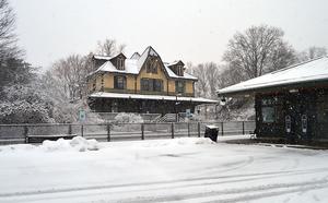 Carousel image a657c70ba8f27ece2b0b fanwood historic train station   snow