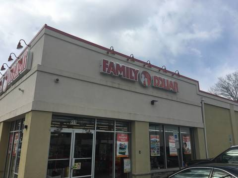 Top story 499baceca378fa14a507 family dollar