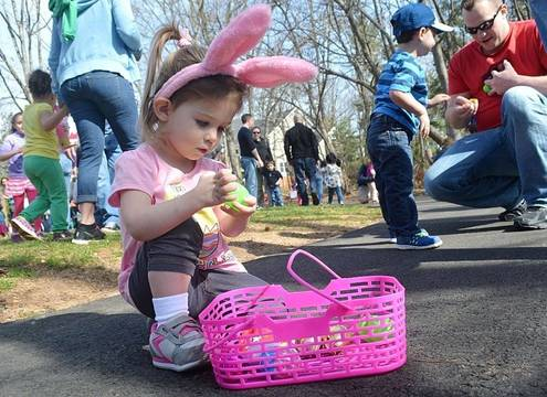 Top story 6febbb838f23f150f8ac fanwood easter egg hunt 2018 girl