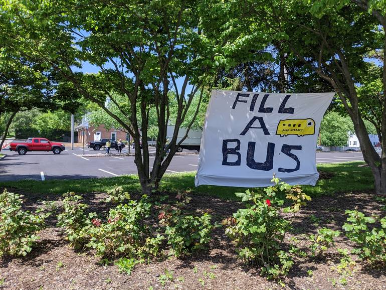 Fill a bus sign.jpg