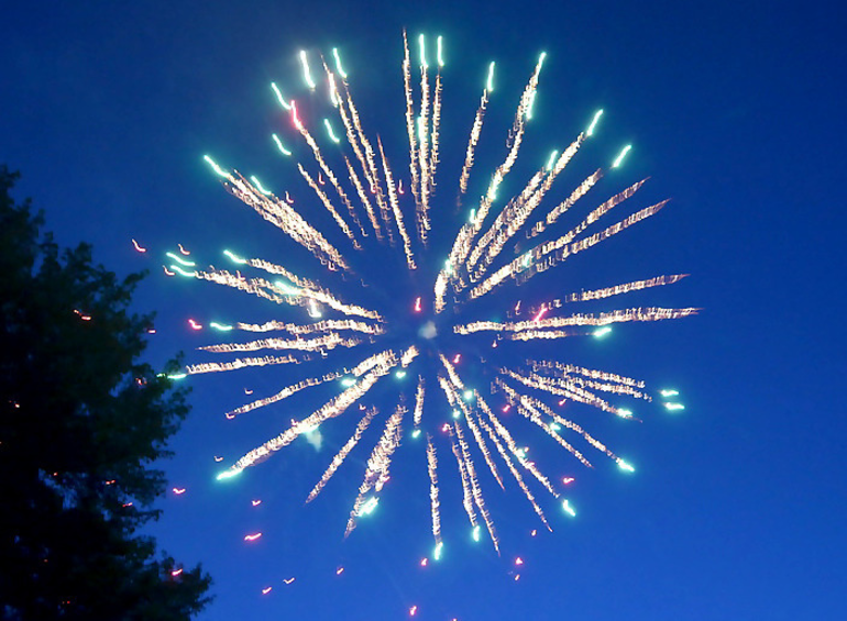 Fireworks 4.png