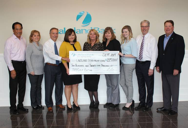 Lakeland Bank Awards $225,000 in Scholarships
