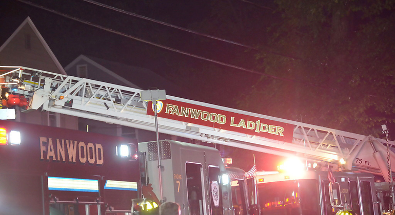 Fanwood Ladder truck in action.