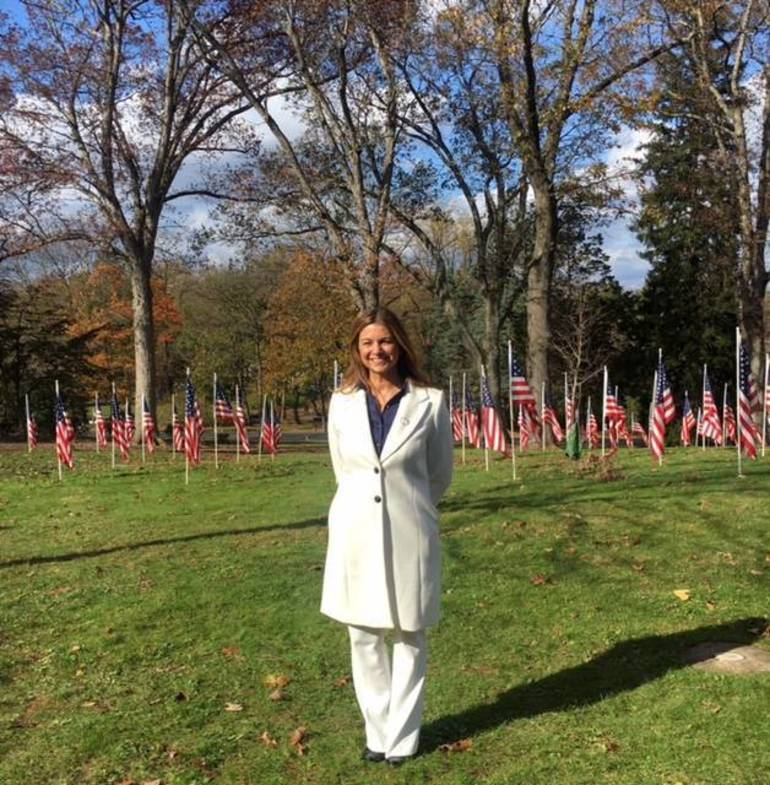 Mayor Carol Bianchi at Field of Honor