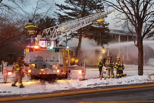 Top story 6517475ff46ab7e70878 firefighters