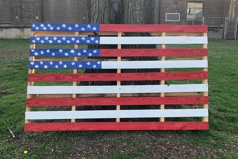Painted shipping pallet westfield nj