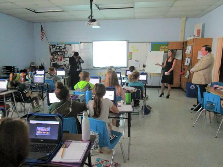 FLVV=classroom 2.JPG