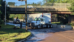 Disabled tractor trailer near Park Ave.