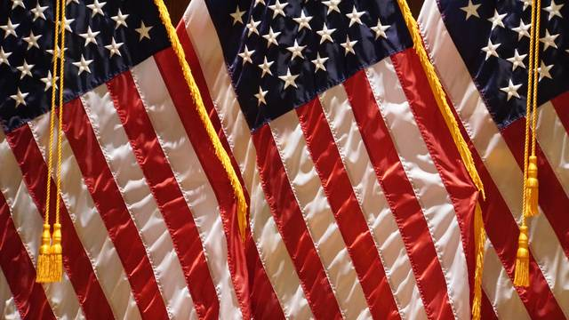 Top story 18647558ba13b968e1d1 flags