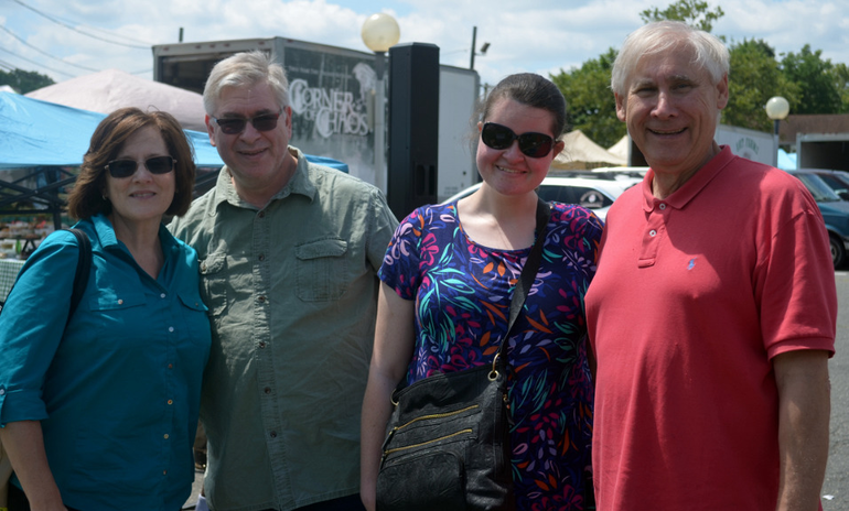 Foodstock donors with Mayor Smith.png