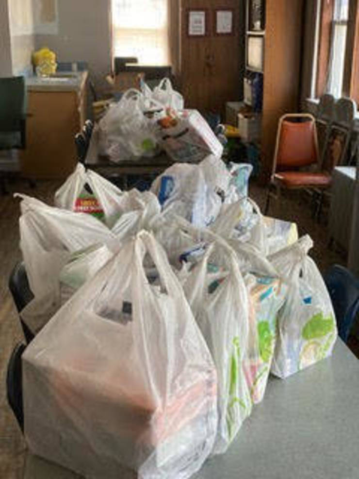 Food donations to WR food pantry.jpg