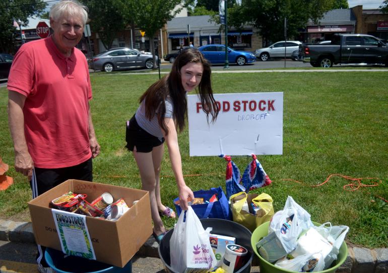 Foodstock girl with Mayor Smith.png