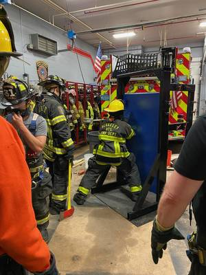 Carousel image 77a89a6647c8f3a64568 forcible entry training