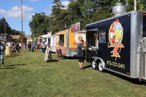 Carousel image 873c69a5f090d5600b91 food truck 02