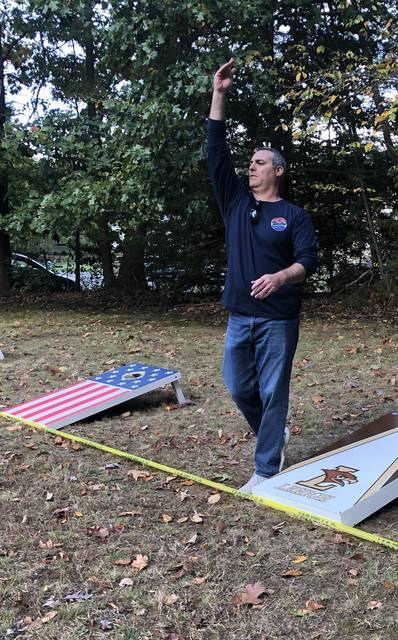 Top story 0fa6efa9c824147d239d follow through  cornhole