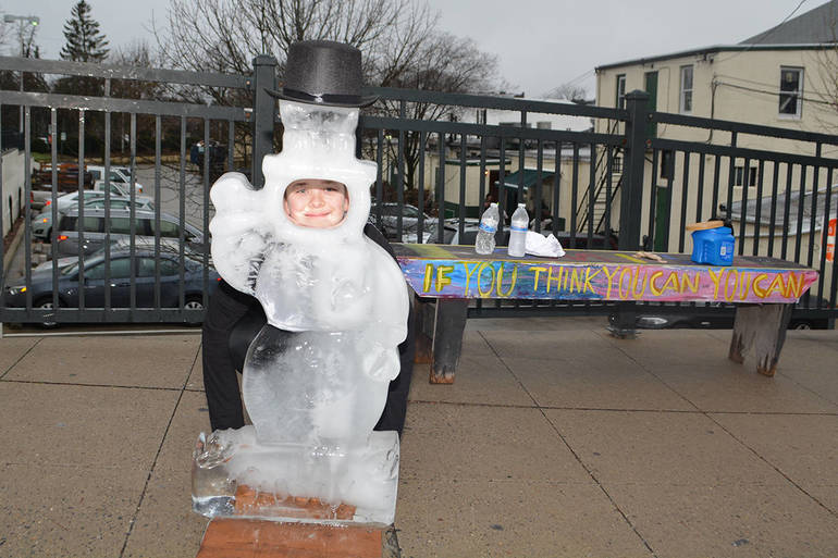 Frosty the Snowman Ice Sculpture with Ben Reed LMHS Class of 2022.JPG