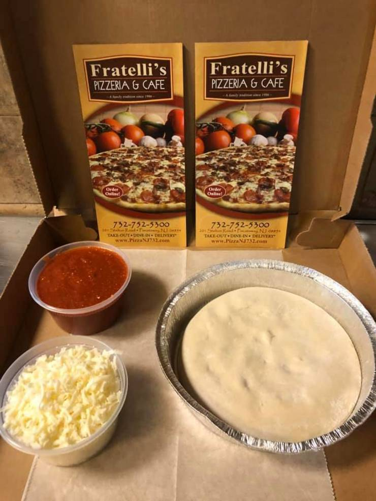 Fratelli's Home Pizza Kit.jpg