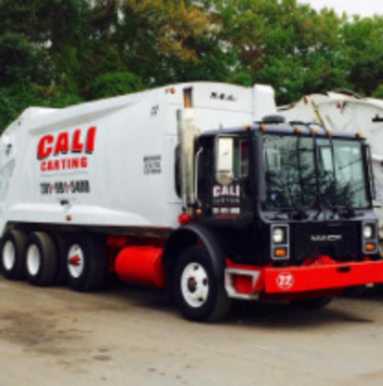 Best crop 5715c1a0efcb80418a6a garbage truck
