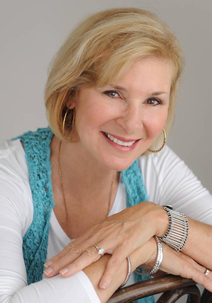 Gail Siggelakis.JPG