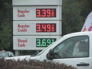 Carousel image 40da5dcc37dd29d21f7f gas prices 10 24 21