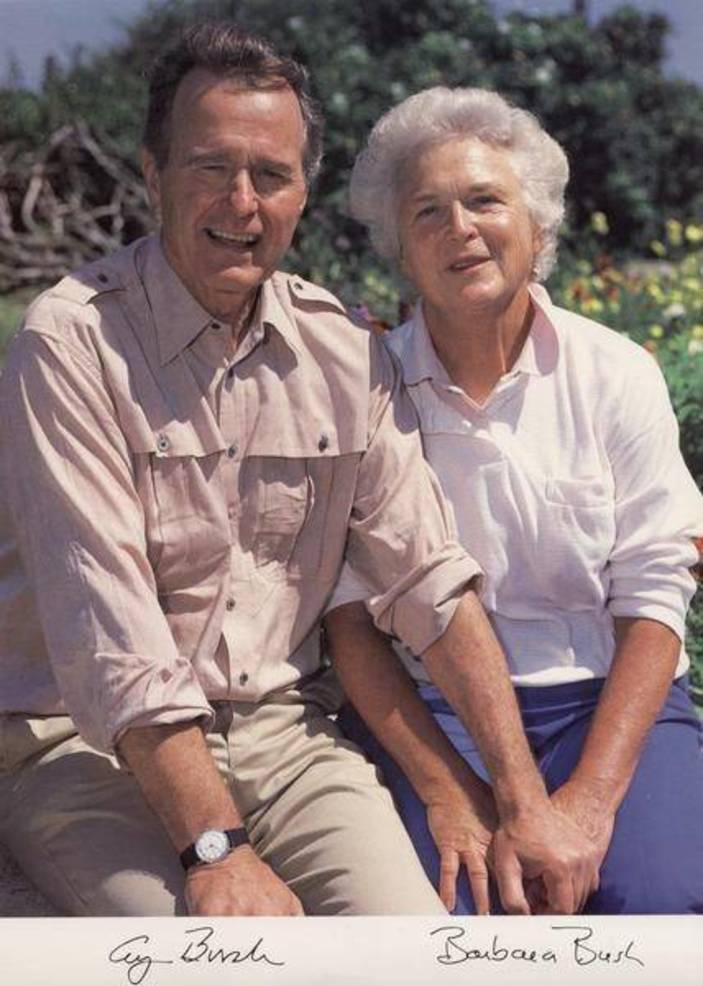 George and Barbara Bush 41.jpg