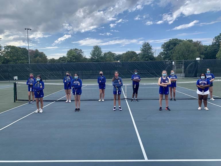 Girls tennis team 2020.jpg