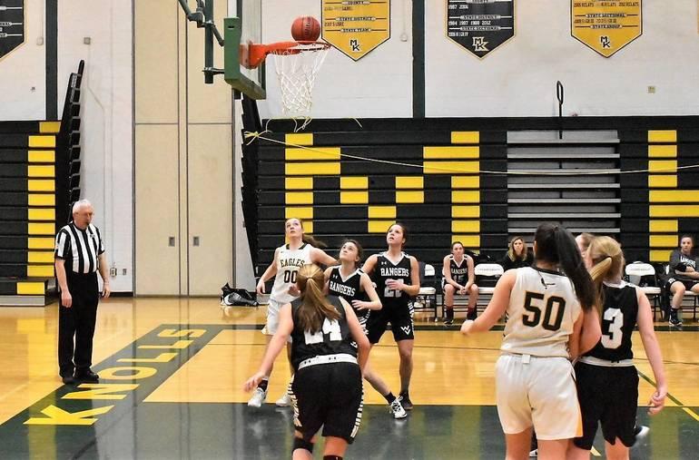 Girls Basketball 01.01182019.JPG