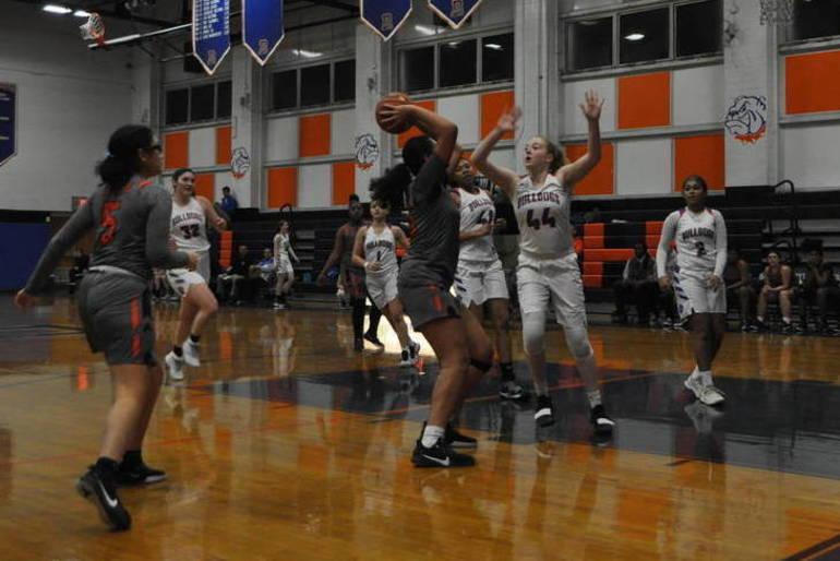 Girls basketball.jpeg