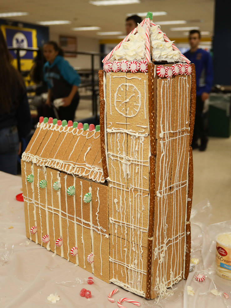 GingerbreadCompetition-181213-002.jpg