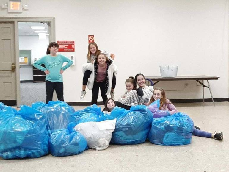 Surprising Cbh Care Oradell Girl Scout Troop Donate Bags Of Clothing Pabps2019 Chair Design Images Pabps2019Com