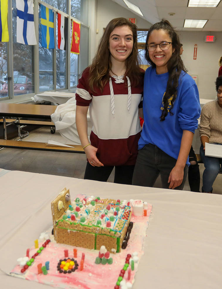 GingerbreadCompetition-181213-013.jpg