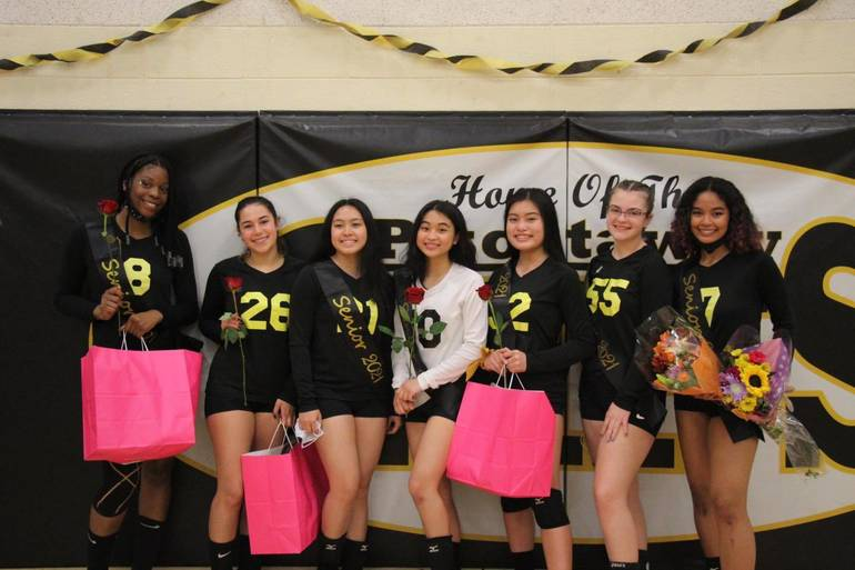 Best crop f86ccfb8fd3a743f9ac3 girls volleyball seniors 2021 cr phs sports booster club