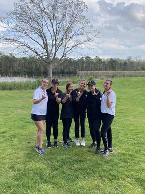 Southern Girls Golfers Remain Undefeated and Defeat Central Regional