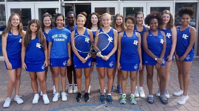 Top story 0f46a38ea939b06230b8 girls tennis team 2018