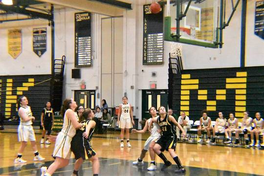 Top story 27fa586664ea98e139ea girls basketball 06.01112019