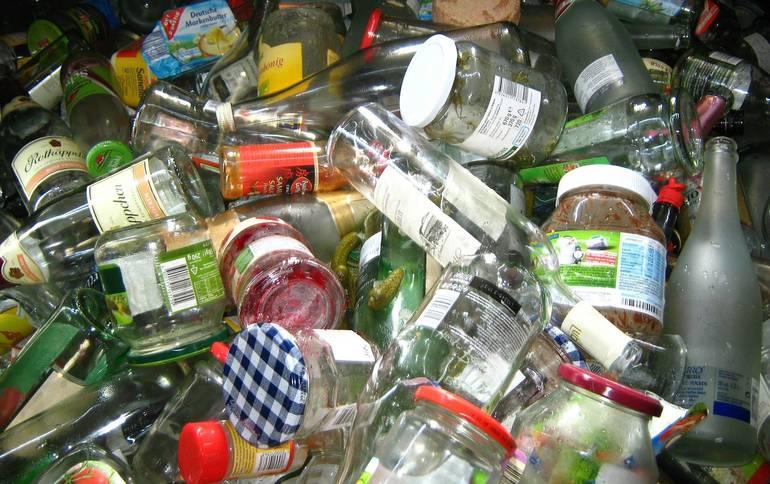 Recycling Market Crash Hits Roxbury; Blue Diamond Bills Town