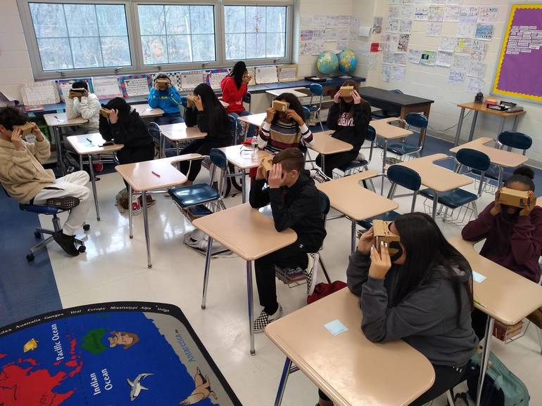 GoogleVR Classroom.jpg