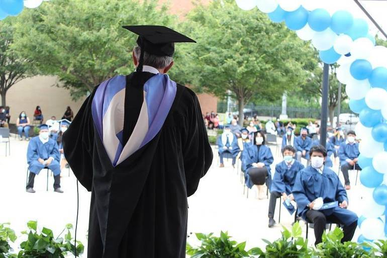 Graduation6.JPG