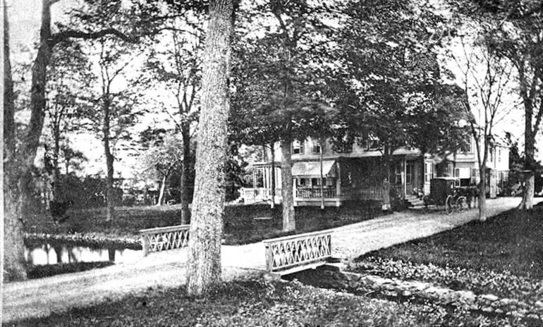 Grover House Hotel