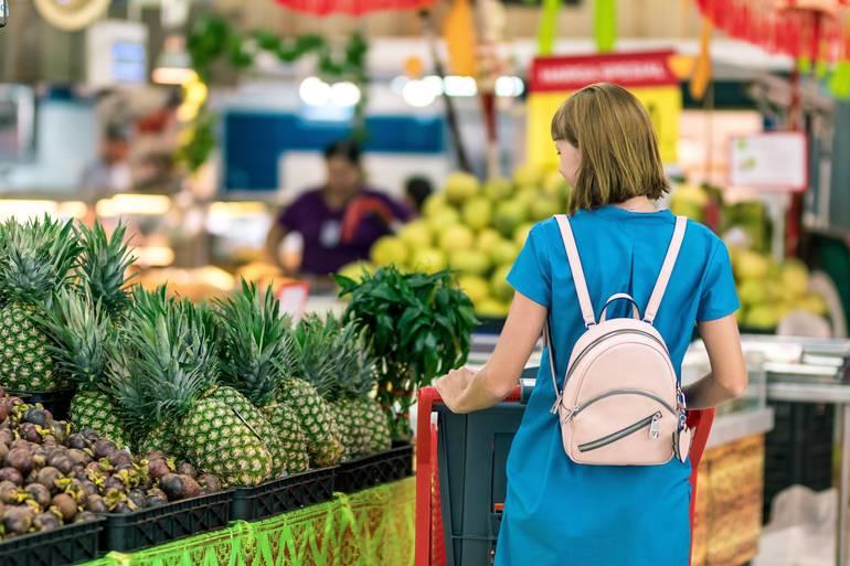 Grocery Shopping_Photo by Artem Beliaikin from Pexels.jpg