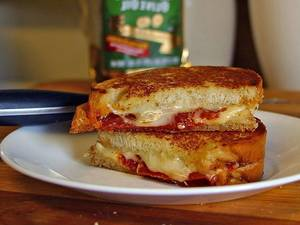 Carousel image aa124f34af4ce39f20b5 grilled cheese