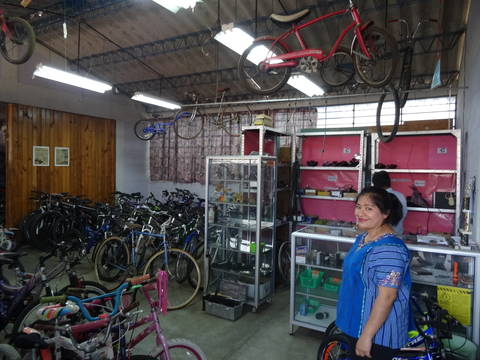 Top story 5bb57983cf4830078614 guatemala201905bikeshop 5